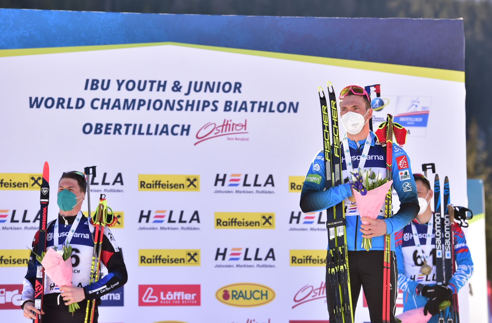 Emilien Claude double champion du monde junior de biathlon